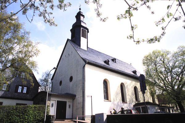 Kirche der heiligen Dreifaltigkeit in Kelkheim Fischbach